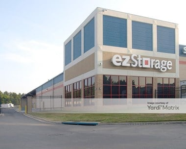 Storage Units for Rent available at 1010 Crain Hwy, Bowie, MD 20716 Photo Gallery 1