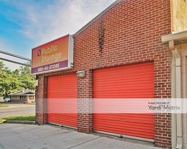 Storage Units for Rent available at 9200 Livingston Road, Fort Washington, MD 20744 Photo Gallery 1