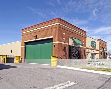Storage Units for Rent available at 3380 Bladensburg Road, Brentwood, MD 20722 Photo Gallery 1