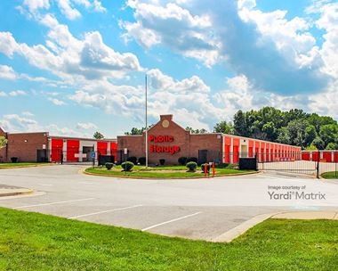 Storage Units for Rent available at 4071 Prince William Pkwy, Woodbridge, VA 22192 Photo Gallery 1