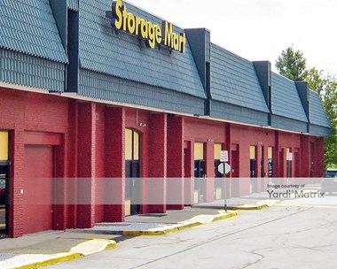 Storage Units for Rent available at 11325 Lee Hwy, Fairfax, VA 22030 Photo Gallery 1