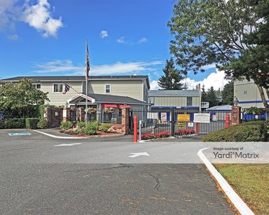 Storage Units for Rent available at 17520 NE 70Th Street, Redmond, WA 98052 Photo Gallery 1