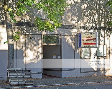 Storage Units for Rent available at 6920 Roosevelt Way NE, Seattle, WA 98115 Photo Gallery 1
