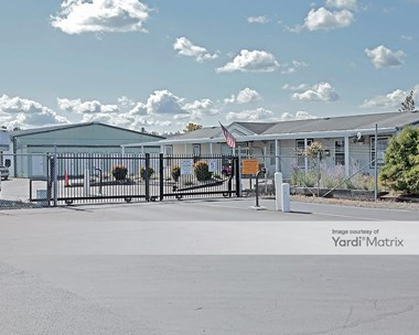 Storage Units for Rent available at 1402 East Valley Hwy, Sumner, WA 98390 Photo Gallery 1