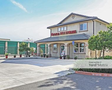 Storage Units for Rent available at 1800 North 1st Street, Dixon, CA 95620 Photo Gallery 1