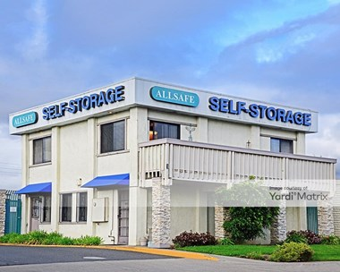 Storage Units for Rent available at 1 Singleton Avenue, Alameda, CA 94501 Photo Gallery 1