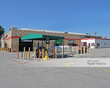 Storage Units for Rent available at 2200 El Camino Real, Redwood City, CA 94063 Photo Gallery 1