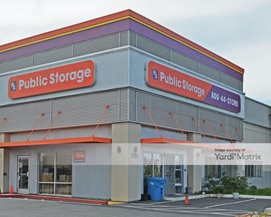 Storage Units for Rent available at 1811 Adrian Road, Burlingame, CA 94010 Photo Gallery 1