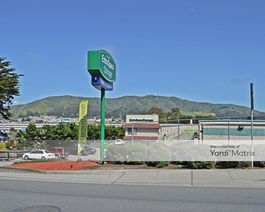 Storage Units for Rent available at 3601 Junipero Serra Blvd, Daly City, CA 94014 Photo Gallery 1