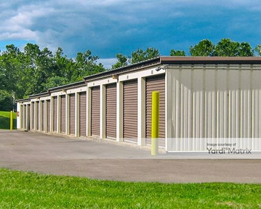 Storage Units for Rent available at 6558 Commerce Court, Warrenton, VA 20187 Photo Gallery 1