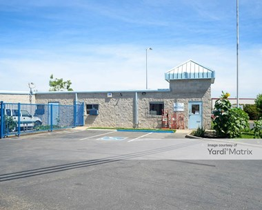 Storage Units for Rent available at 6340 Freeport Blvd, Sacramento, CA 95822 Photo Gallery 1