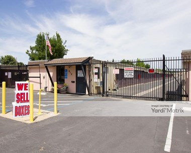 Storage Units for Rent available at 810 1St Street, Lincoln, CA 95648 Photo Gallery 1