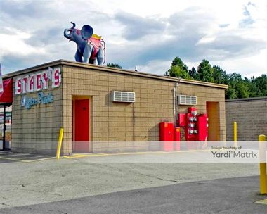 Storage Units for Rent available at 2290 Marietta Hwy, Canton, GA 30114 Photo Gallery 1