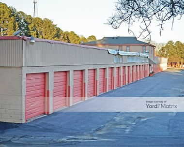 Storage Units for Rent available at 4695 Hammer Mill Road, Tucker, GA 30084 Photo Gallery 1