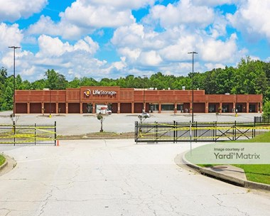 Storage Units for Rent available at 420 Grayson Hwy, Lawrenceville, GA 30046 Photo Gallery 1