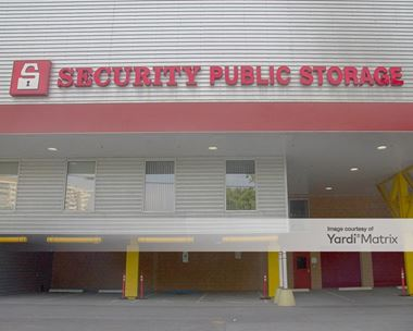 Storage Units for Rent available at 5223 River Road, Bethesda, MD 20816 Photo Gallery 1
