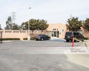 Storage Units for Rent available at 15875 Laguna Canyon Road, Irvine, CA 92618 Photo Gallery 1