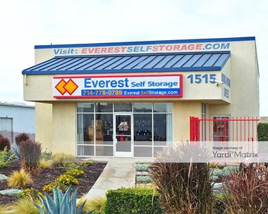 Storage Units for Rent available at 1515 South State College Blvd, Anaheim, CA 92806 Photo Gallery 1