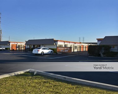 Storage Units for Rent available at 7482 Garden Grove Blvd, Westminster, CA 92683 Photo Gallery 1