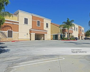 Storage Units for Rent available at 8041 Edinger Avenue, Westminster, CA 92683 Photo Gallery 1