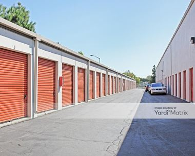Storage Units for Rent available at 12302 Bellflower Blvd, Downey, CA 90242 Photo Gallery 1