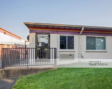 Storage Units for Rent available at 5819 Columbia Pike, Falls Church, VA 22041 Photo Gallery 1