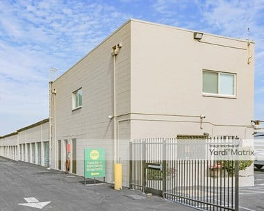 Storage Units for Rent available at 8671 Folsom Blvd, Sacramento, CA 95826 Photo Gallery 1