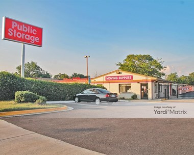 Storage Units for Rent available at 3700 Saint Barnabas Road, Suitland, MD 20746 Photo Gallery 1