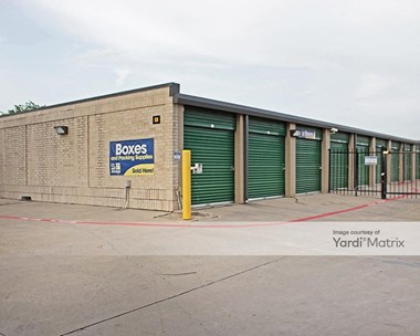 Storage Units for Rent available at 2300 Old Denton Road, Carrollton, TX 75006 Photo Gallery 1