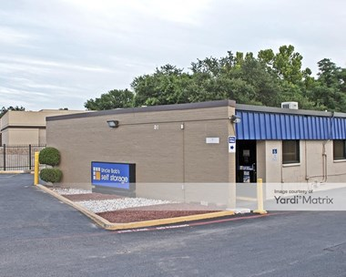 Storage Units for Rent available at 140 Centennial Blvd, Richardson, TX 75081 Photo Gallery 1