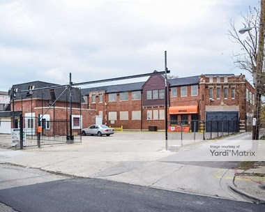 Storage Units for Rent available at 7843 South Exchange Avenue, Chicago, IL 60649 Photo Gallery 1