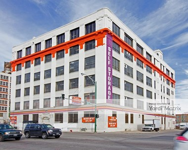 Storage Units for Rent available at 3659 South Ashland Avenue, Chicago, IL 60609 Photo Gallery 1