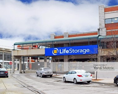 Storage Units for Rent available at 7524 North Paulina Street, Chicago, IL 60626 Photo Gallery 1