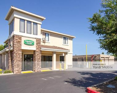 Storage Units for Rent available at 5951 West Oaks Blvd, Rocklin, CA 95765 Photo Gallery 1