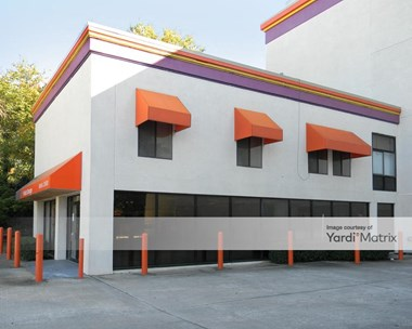 Storage Units for Rent available at 5711 Roswell Road NE, Atlanta, GA 30342 Photo Gallery 1