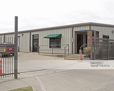 Storage Units for Rent available at 304 East Sycamore Street, Denton, TX 76201 Photo Gallery 1