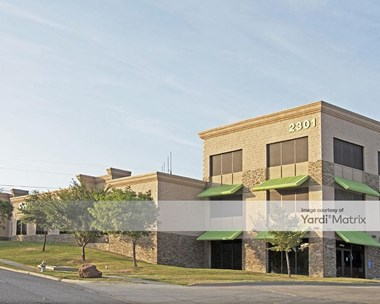 Storage Units for Rent available at 2301 Story Road West, Irving, TX 75038 Photo Gallery 1