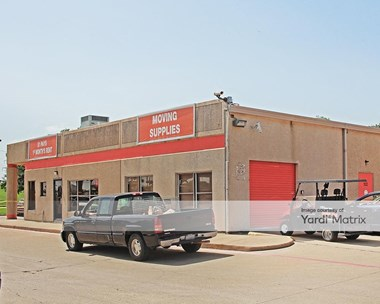 Storage Units for Rent available at 100 North Macarthur Blvd, Irving, TX 75061 Photo Gallery 1