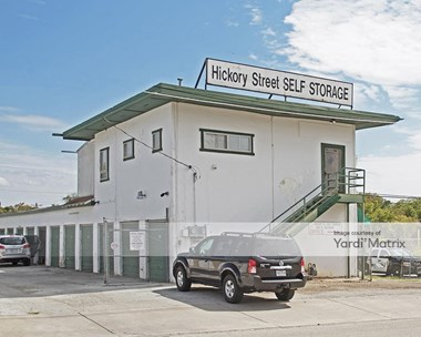 Storage Units for Rent available at 801 East Hickory Street, Denton, TX 76205 Photo Gallery 1