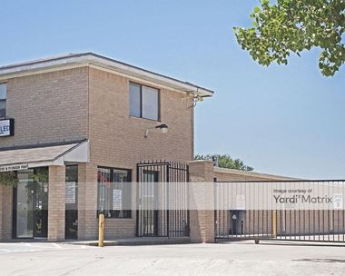Storage Units for Rent available at 200 West Pioneer Pkwy, Grand Prairie, TX 75051 Photo Gallery 1