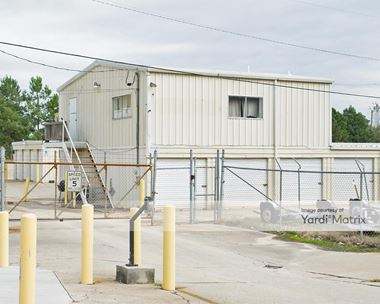 Storage Units for Rent available at 4905 Jonesboro Road, Union City, GA 30291 Photo Gallery 1