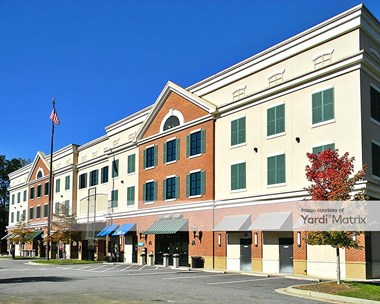 Storage Units for Rent available at 6780 Roswell Road, Sandy Springs, GA 30328 Photo Gallery 1