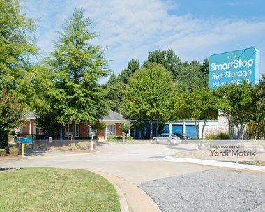 Storage Units for Rent available at 8337 Tara Blvd, Jonesboro, GA 30236 Photo Gallery 1