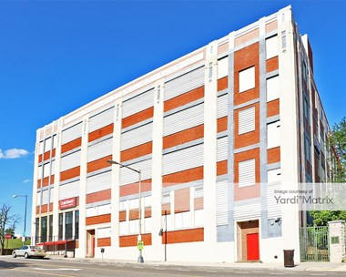 Storage Units for Rent available at 175 R Street NE, Washington, DC 20002 Photo Gallery 1