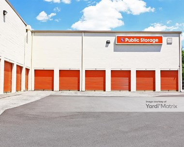 Storage Units for Rent available at 3005 Kenilworth Avenue, Hyattsville, MD 20781 Photo Gallery 1