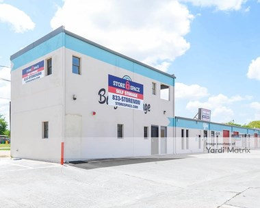 Storage Units for Rent available at 1713 South Hampton Road, Glenn Heights, TX 75154 Photo Gallery 1