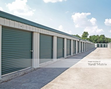 Storage Units for Rent available at 204 Commercial Drive, Taylor, TX 76574 Photo Gallery 1
