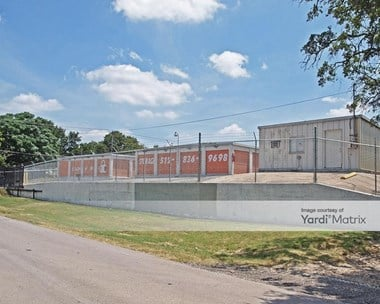 Storage Units for Rent available at 2707 O'neal Lane, Austin, TX 78759 Photo Gallery 1