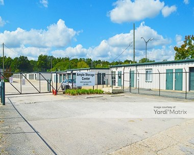 Storage Units for Rent available at 3209 Castlewood Road, Richmond, VA 23234 Photo Gallery 1