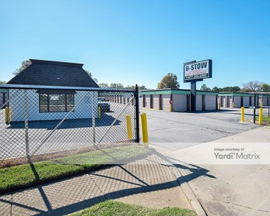 Storage Units for Rent available at 5625 Shore Drive, Virginia Beach, VA 23455 Photo Gallery 1